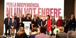Laura Borràs speaks at Junts per Catalunya appearence during the election count.