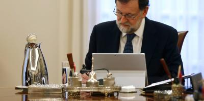 Rajoy meeting with his government this morning.